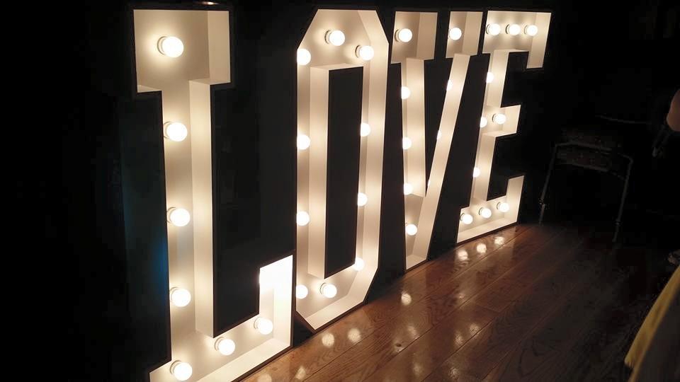 love-dancing-room